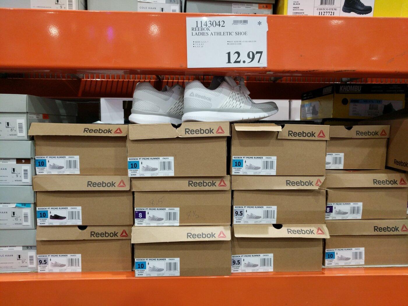 7ab7063db5e2cf Reebok Ladies Athletic Shoe
